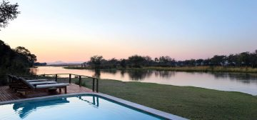 Stay 4 nights and only pay for 3 – Zambezi Queen